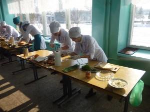 01-novini-2013-02-11-konkurs-fahovoji-majsternosti-kuhar-konditer-02