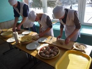 01-novini-2013-02-11-konkurs-fahovoji-majsternosti-kuhar-konditer-03