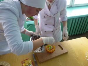 01-novini-2013-02-11-konkurs-fahovoji-majsternosti-kuhar-konditer-08