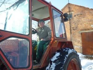 01-novini-2013-02-11-konkurs-fahovoji-majsternosti-traktorist-01