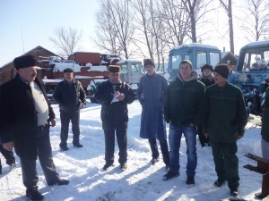 01-novini-2013-02-11-konkurs-fahovoji-majsternosti-traktorist-07