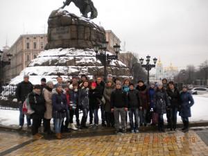 01-novini-2013-03-06-pojizdka-v-kijiv-02