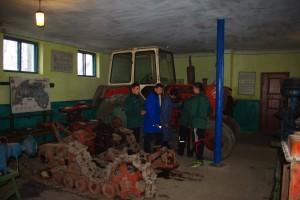 06-02-profesijno-teoretichna-pidgotovka-08-laboratarija-budovi-i-to-traktoriv