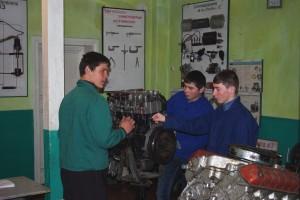 06-02-profesijno-teoretichna-pidgotovka-09-laboratorija-z-remontu-avtomobila